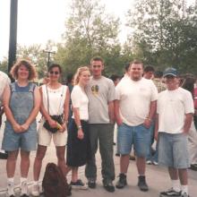 Clegg Lab at Magic Mountain, 1999. (L-R) Sergiu Leu, Corrie Bott, Linda Mullick, Steve Rohan, Kevin Wingerd, Ryan Knowles.